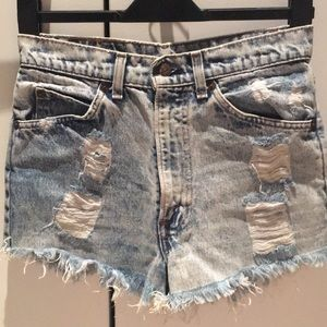 Distressed ripped Levi jean shorts